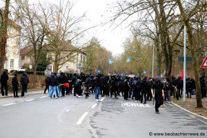 """Über 2500 demonstrierten in Würzburg gegen etwa 160 Neonazis: Der """"dritte Weg"""" war absolut unerwünscht - 18.02.2017"""